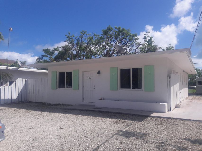 Single Family Home for Rent at 132 Pearl Avenue 132 Pearl Avenue Tavernier, Florida 33070 United States