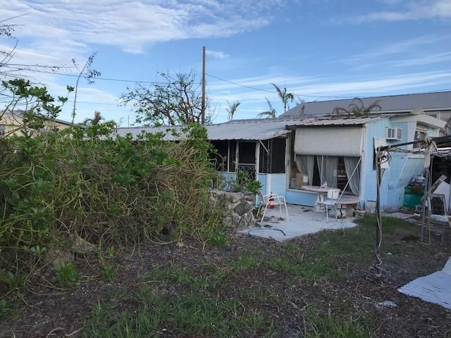 Additional photo for property listing at 28271 Dorothy Avenue 28271 Dorothy Avenue Little Torch Key, Florida 33042 Estados Unidos