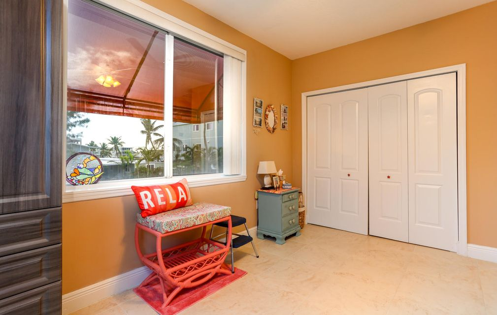 Additional photo for property listing at 140 Fairwich Court 140 Fairwich Court Tavernier, Florida 33070 Hoa Kỳ