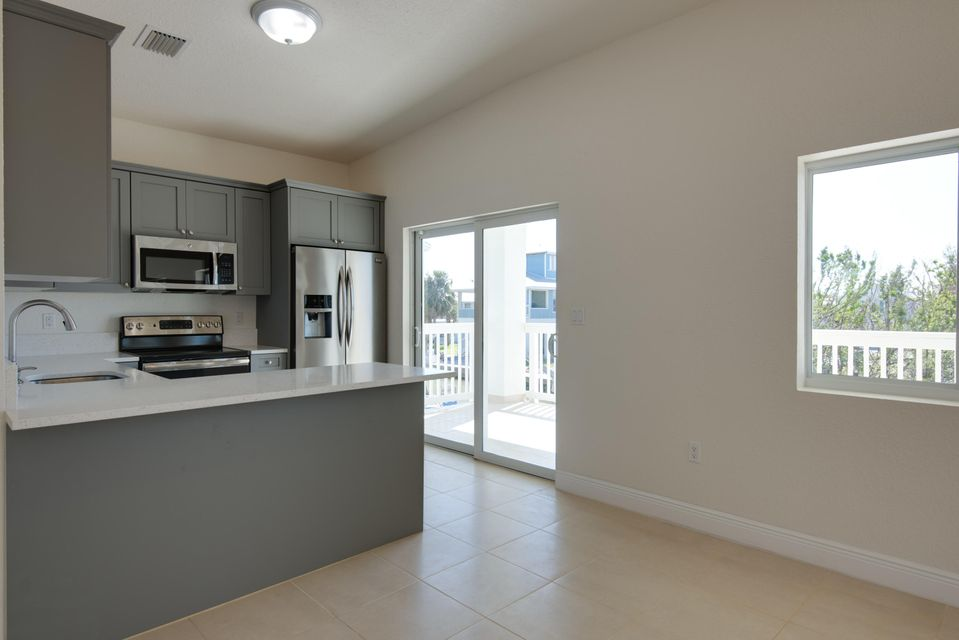 Additional photo for property listing at 27436 W Indies Drive 27436 W Indies Drive Ramrod Key, Florida 33042 Estados Unidos