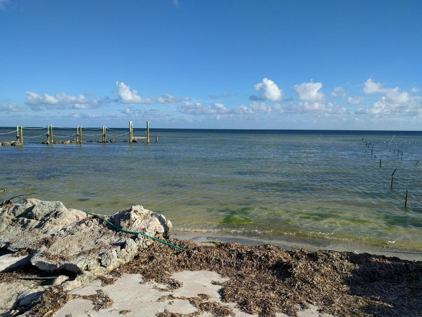 Additional photo for property listing at 57622 Overseas Highway 57622 Overseas Highway Marathon, Florida 33050 Usa