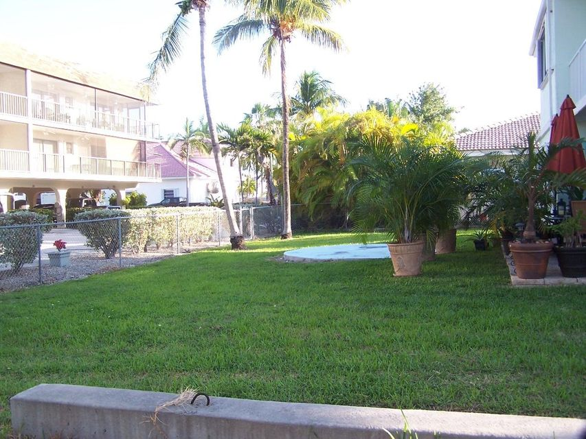 Additional photo for property listing at 200 8Th CENTURY CLUB NORTH Street 200 8Th CENTURY CLUB NORTH Street Key Colony, フロリダ 33051 アメリカ合衆国