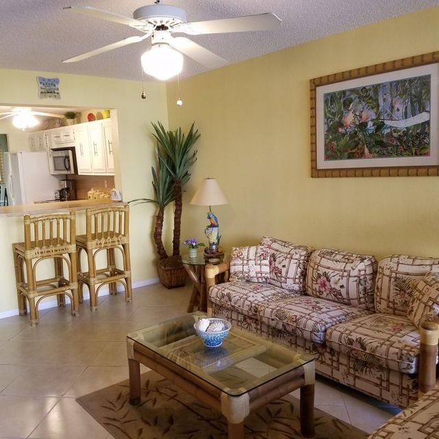 Additional photo for property listing at 104350 Overseas Highway 104350 Overseas Highway Key Largo, Florida 33037 Hoa Kỳ