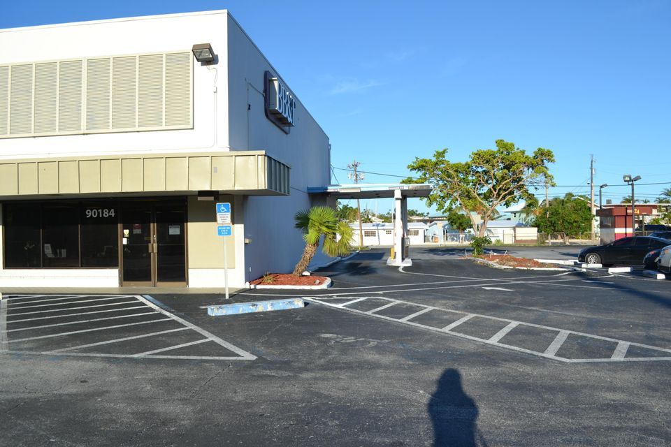 Additional photo for property listing at 90184 Overseas Highway 90184 Overseas Highway Tavernier, Florida 33070 États-Unis