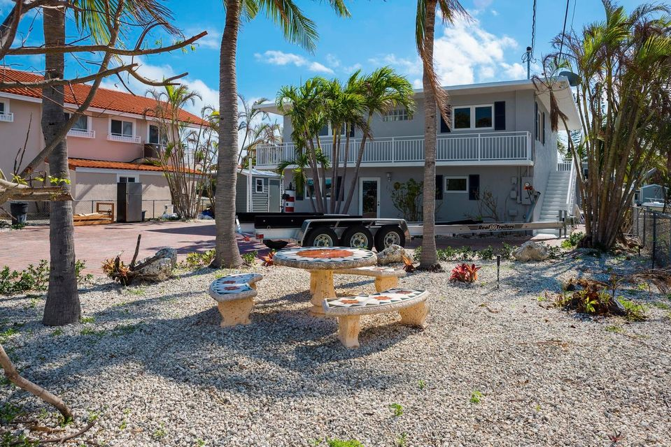 Additional photo for property listing at 126 Bessie Road 126 Bessie Road Tavernier, Florida 33070 États-Unis