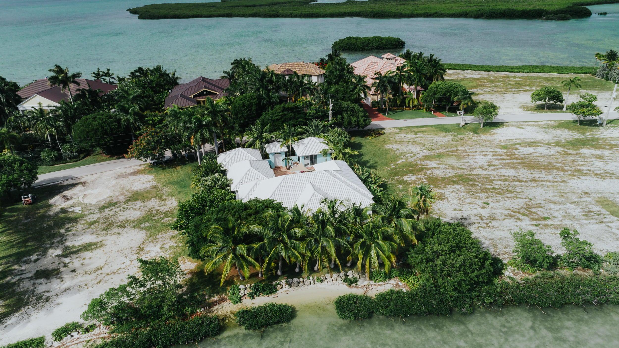 Einfamilienhaus für Verkauf beim 48 Cannon Royal Drive 48 Cannon Royal Drive Shark Key, Florida 33040 Vereinigte Staaten