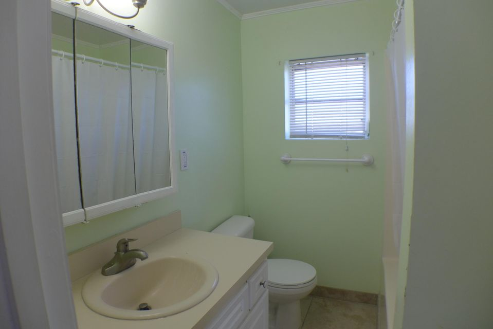 Additional photo for property listing at 24357 Caribbean Drive 24357 Caribbean Drive Summerland Key, Florida 33042 Vereinigte Staaten