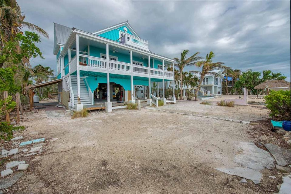 Additional photo for property listing at 22562 Jolly Roger Drive 22562 Jolly Roger Drive Cudjoe Key, Флорида 33042 Соединенные Штаты