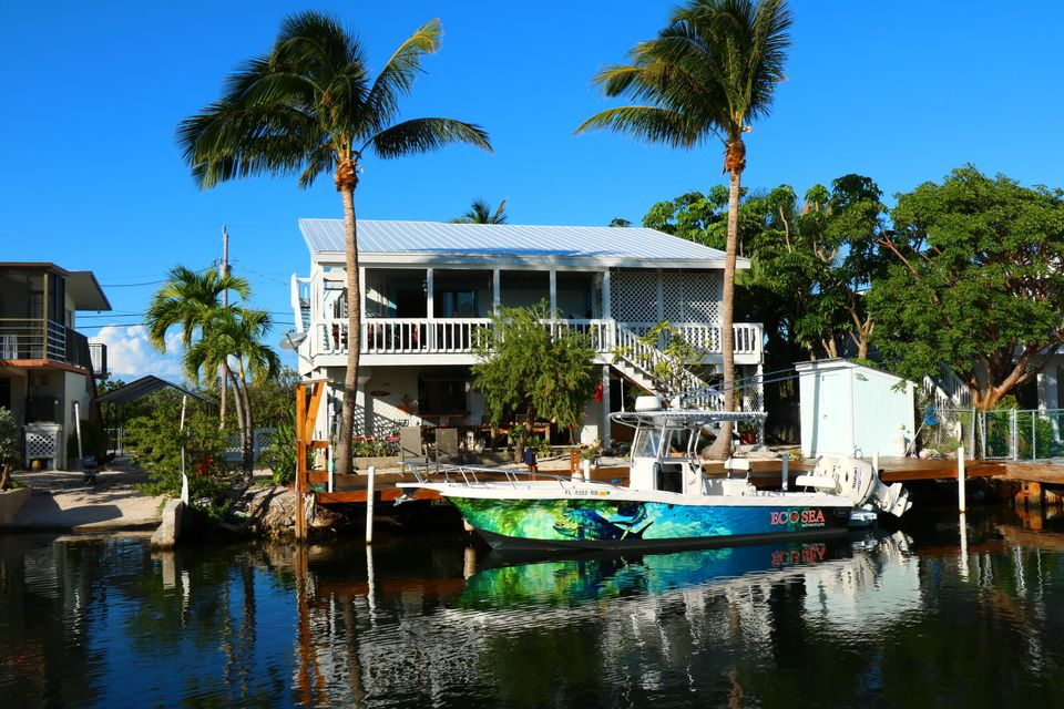 Частный односемейный дом для того Продажа на 159 Ojibway Avenue 159 Ojibway Avenue Tavernier, Флорида 33070 Соединенные Штаты