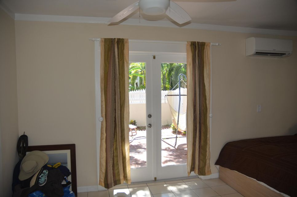 Additional photo for property listing at 801 Waddell Avenue 801 Waddell Avenue Key West, Florida 33040 Verenigde Staten