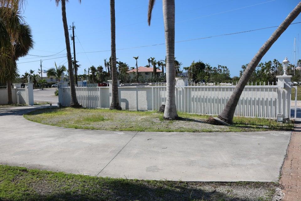 Additional photo for property listing at 102 Calle Ensueno 102 Calle Ensueno Marathon, 플로리다 33050 미국