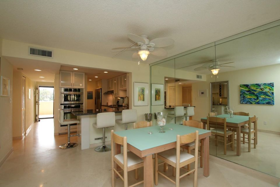 Additional photo for property listing at 104350 Overseas Highway 104350 Overseas Highway Key Largo, Florida 33037 Stati Uniti