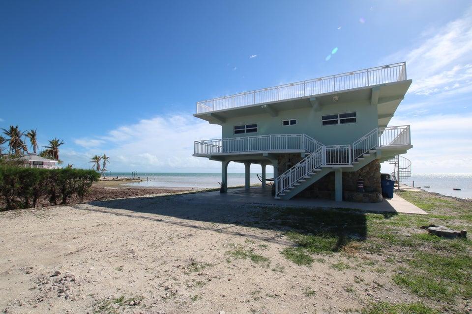 獨棟家庭住宅 為 出售 在 57652 Overseas Highway 57652 Overseas Highway Marathon, 佛羅里達州 33050 美國