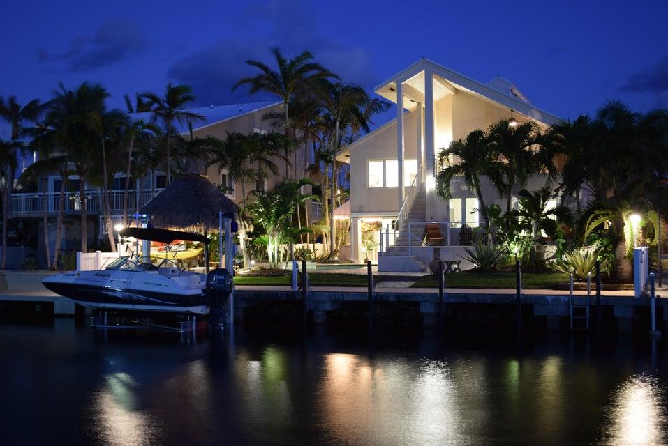 627 Island Drive