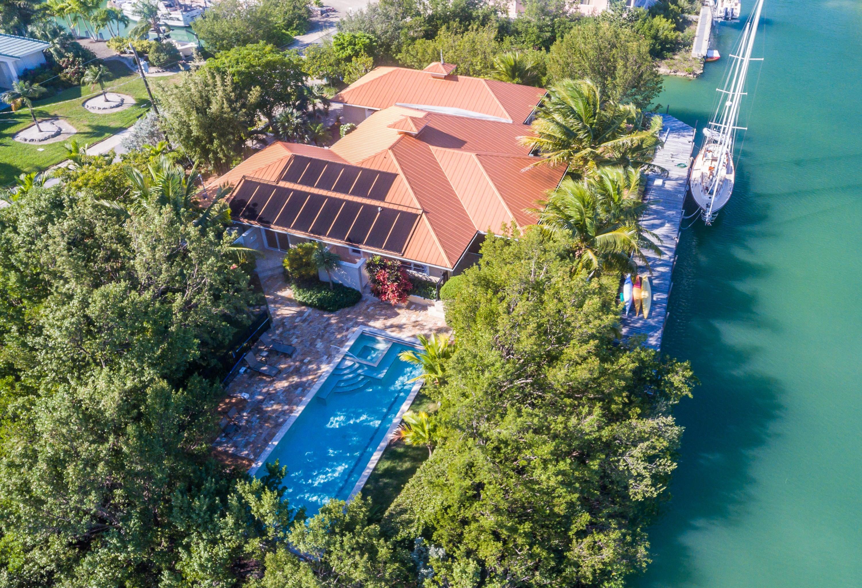 Maison unifamiliale pour l Vente à 20925 W 4th Avenue 20925 W 4th Avenue Cudjoe Key, Florida 33042 États-Unis
