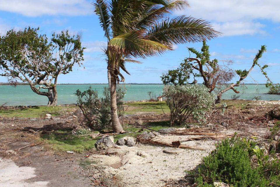 Terrain pour l Vente à 17398 East Dolphin 17398 East Dolphin Sugarloaf, Florida 33042 États-Unis