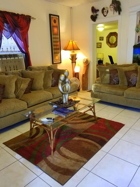 Additional photo for property listing at 713 Whitmarsh Lane 713 Whitmarsh Lane Key West, Florida 33040 Estados Unidos