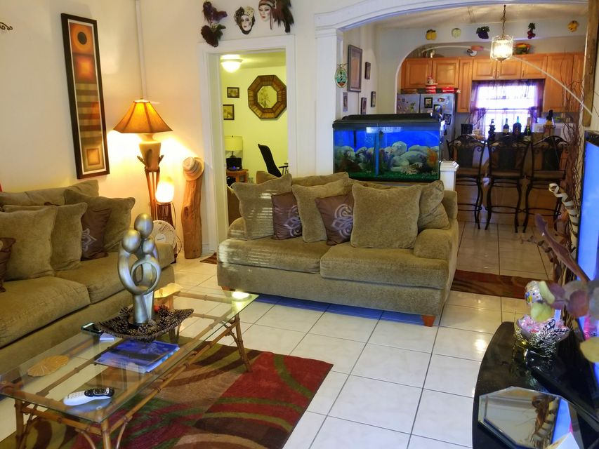 Additional photo for property listing at 713 Whitmarsh Lane 713 Whitmarsh Lane Key West, Florida 33040 Usa