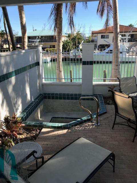 多棟聯建住宅 為 出售 在 7019 Harbor Village Drive 7019 Harbor Village Drive Duck Key, 佛羅里達州 33050 美國