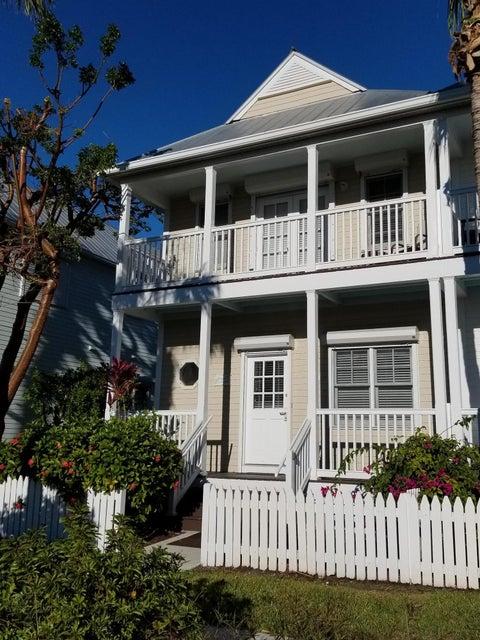 タウンハウス のために 売買 アット 7054 Harbor Village Drive 7054 Harbor Village Drive Duck Key, フロリダ 33050 アメリカ合衆国