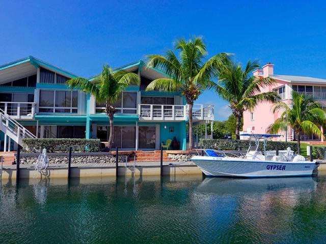 Nhà phố vì Bán tại 1530 Ocean Bay Drive 1530 Ocean Bay Drive Key Largo, Florida 33037 Hoa Kỳ
