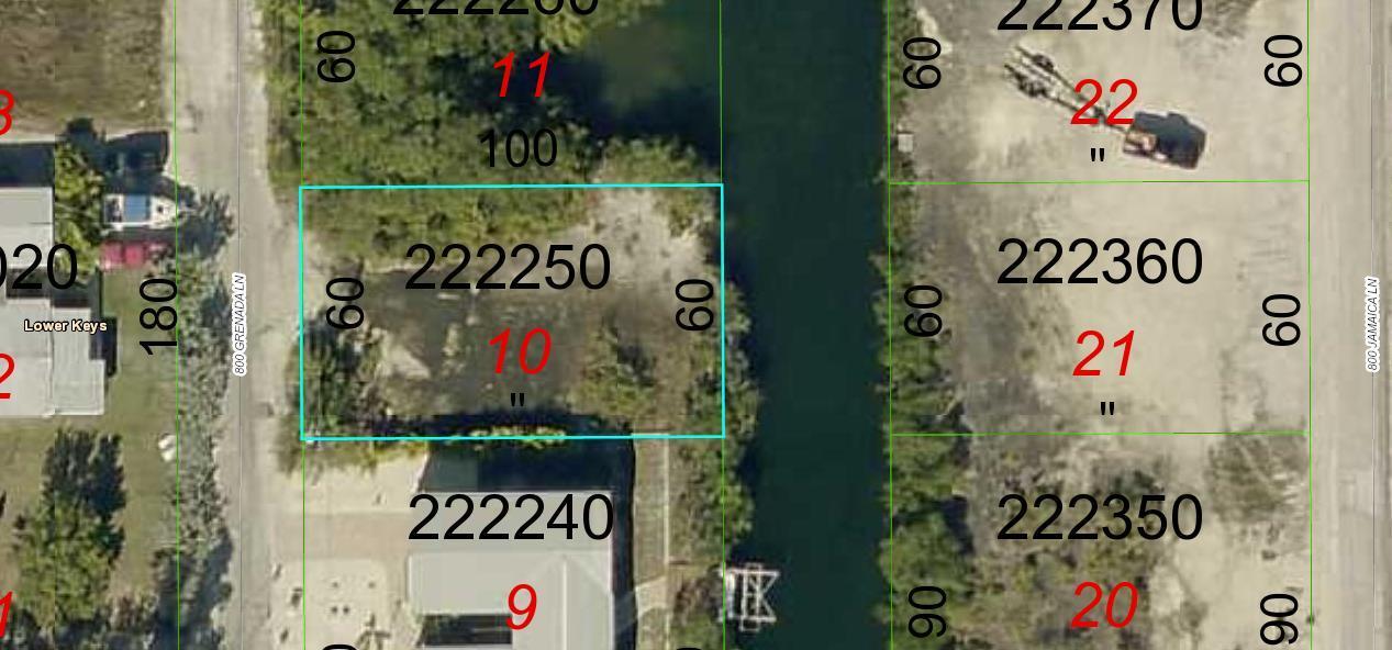 独户住宅 为 销售 在 827 Granada Lane 827 Granada Lane Little Torch Key, 佛罗里达州 33042 美国