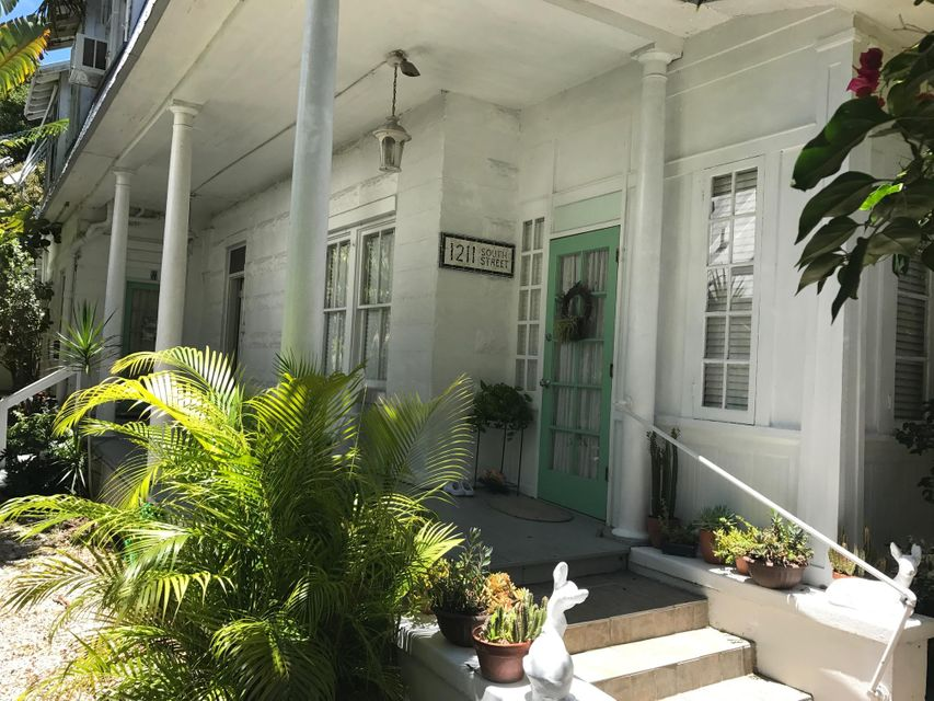 Huis voor meerdere gezinnen voor Verkoop een t 1211 South Street 1211 South Street Key West, Florida 33040 Verenigde Staten