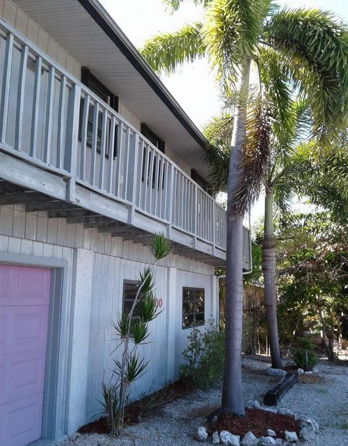 Nhà ở một gia đình vì Bán tại 700 122Nd Street Ocean Street Ocean 700 122Nd Street Ocean Street Ocean Marathon, Florida 33050 Hoa Kỳ