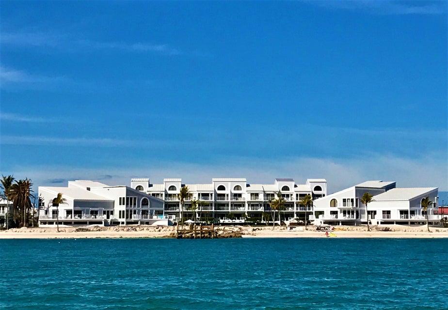Nhà chung cư vì Bán tại 799 W Ocean Drive 799 W Ocean Drive Key Colony, Florida 33051 Hoa Kỳ
