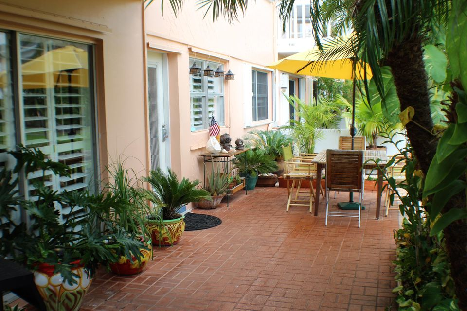 Condomínio para Venda às 2601 S Roosevelt Boulevard 2601 S Roosevelt Boulevard Key West, Florida 33040 Estados Unidos