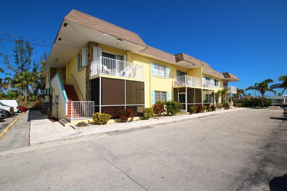 Appartement voor Verkoop een t 109 Avenue D 109 Avenue D Marathon, Florida 33050 Verenigde Staten