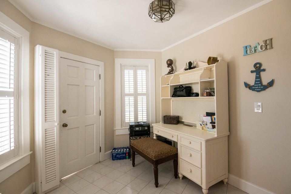 Additional photo for property listing at 1101-1117 Flagler Avenue 1101-1117 Flagler Avenue Key West, 플로리다 33040 미국
