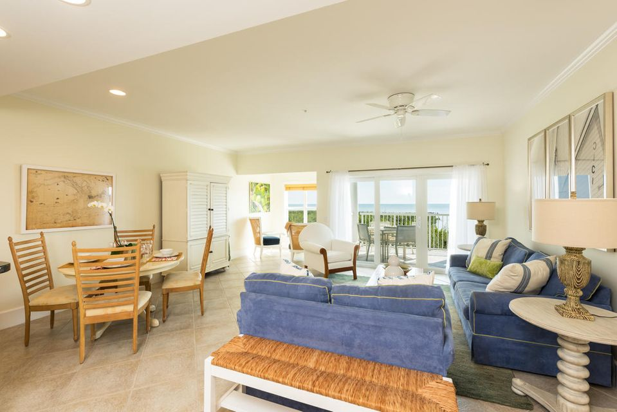 Andelslägenhet för Försäljning vid 5960 Peninsular Avenue 5960 Peninsular Avenue Stock Island, Florida 33040 Usa