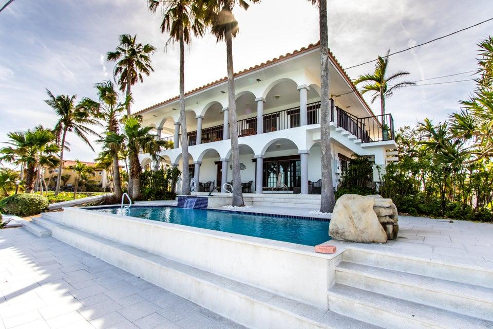 独户住宅 为 销售 在 308 Pinetree Street 308 Pinetree Street Duck Key, 佛罗里达州 33050 美国