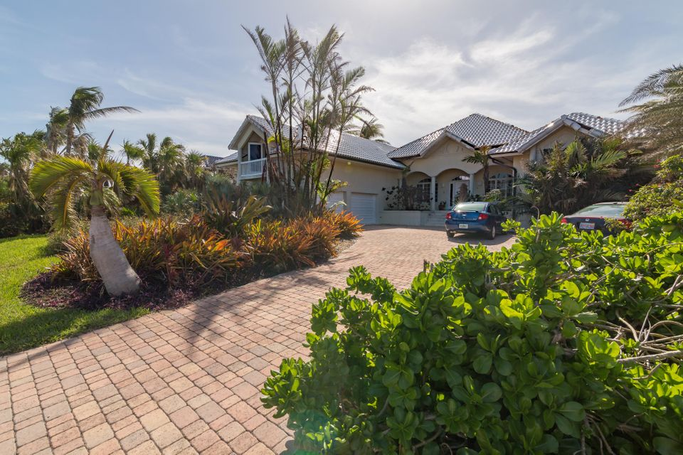Maison unifamiliale pour l Vente à 54 Cannon Royal Drive 54 Cannon Royal Drive Shark Key, Florida 33040 États-Unis