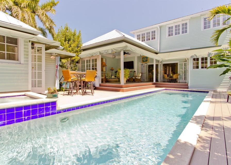 Moradia para Venda às 1218 Varela Street 1218 Varela Street Key West, Florida 33040 Estados Unidos