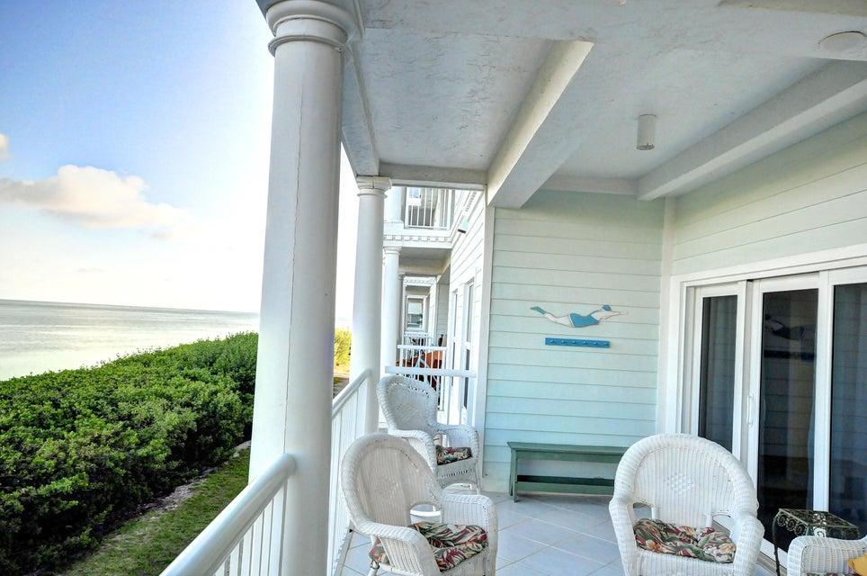 Condomínio para Venda às 5960 Peninsular Avenue 5960 Peninsular Avenue Stock Island, Florida 33040 Estados Unidos