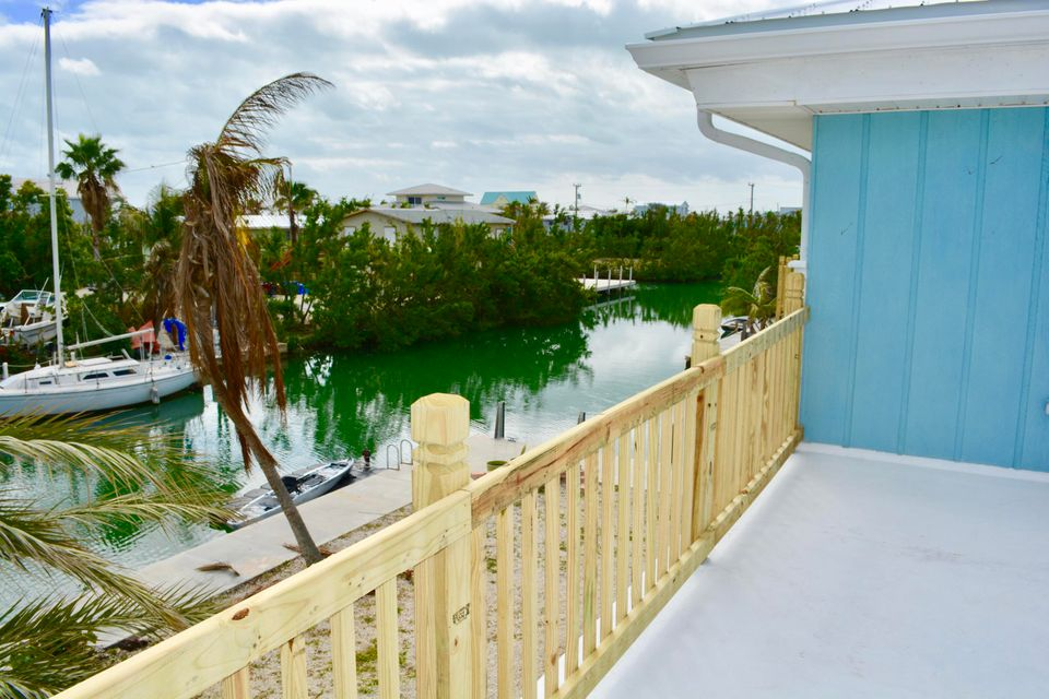 Additional photo for property listing at 439 Blackbeard Road 439 Blackbeard Road Little Torch Key, Florida 33042 Estados Unidos