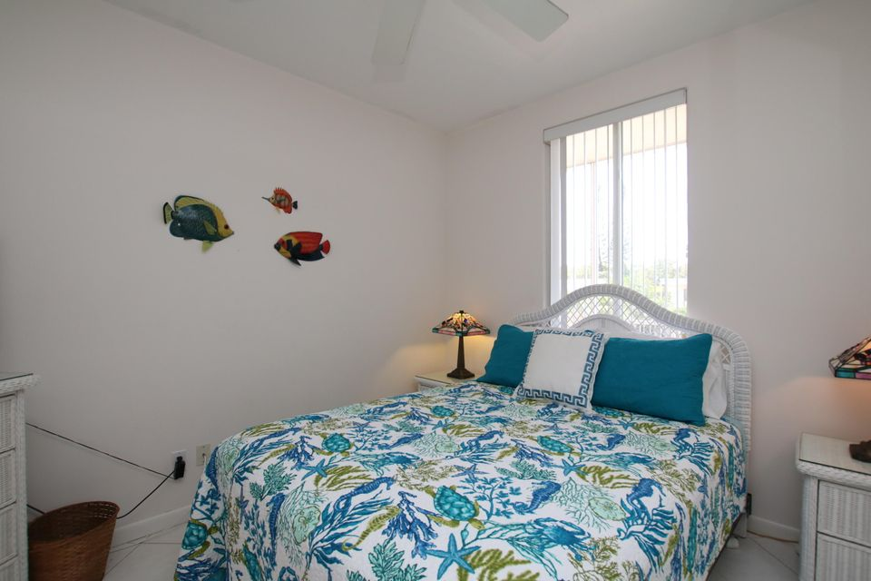 Additional photo for property listing at 419 121ST Street Gulf 419 121ST Street Gulf Marathon, Флорида 33050 Соединенные Штаты