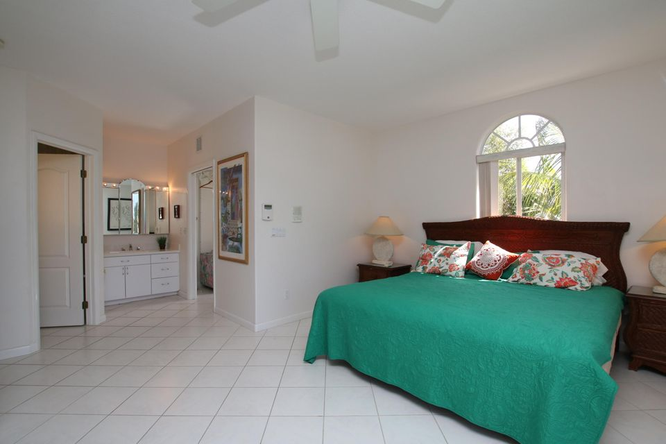 Additional photo for property listing at 419 121ST Street Gulf 419 121ST Street Gulf Marathon, Florida 33050 Estados Unidos