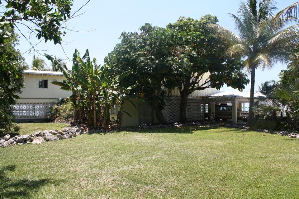 Maison unifamiliale pour l Vente à 281 W Indies Drive 281 W Indies Drive Ramrod Key, Florida 33042 États-Unis