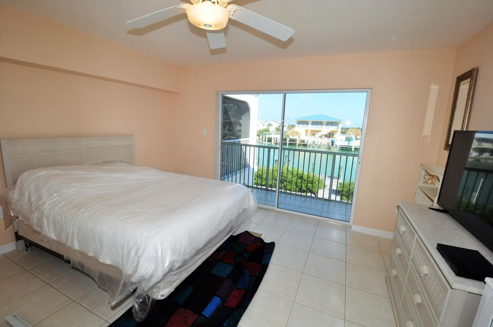 Additional photo for property listing at 257 Avenue G 257 Avenue G Marathon, Florida 33050 États-Unis