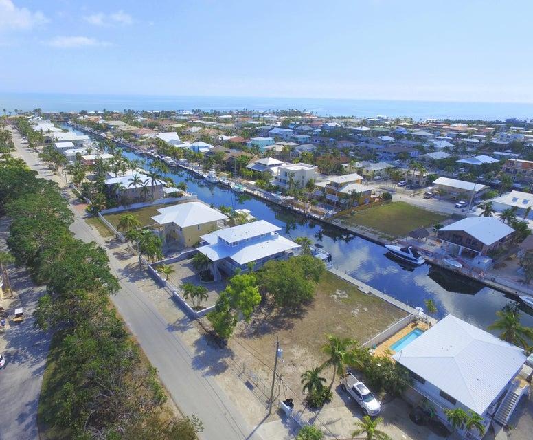 Terreno por un Venta en Bahia Avenue Bahia Avenue Key Largo, Florida 33037 Estados Unidos