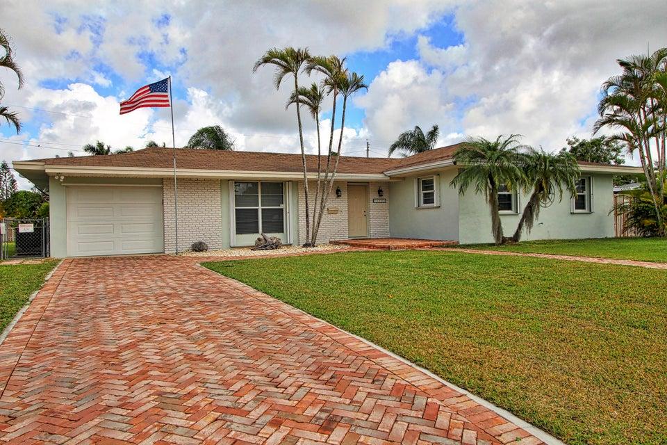 獨棟家庭住宅 為 出售 在 515 NW 21 Street 515 NW 21 Street Other Areas, 佛羅里達州 00000 美國