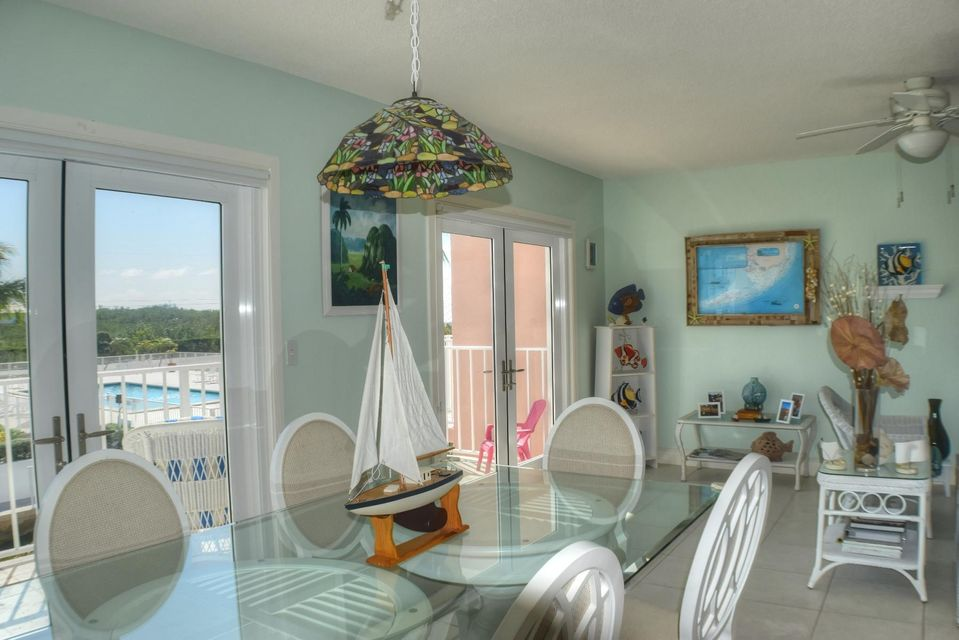 Additional photo for property listing at 1501 Ocean Bay Drive 1501 Ocean Bay Drive Key Largo, Florida 33037 États-Unis
