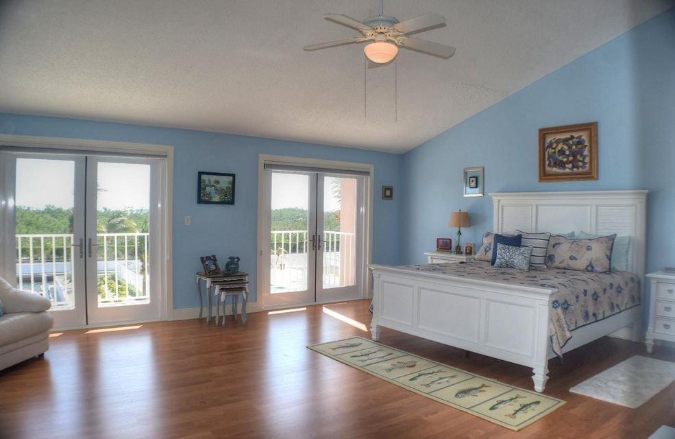 Additional photo for property listing at 1501 Ocean Bay Drive 1501 Ocean Bay Drive Key Largo, Florida 33037 Stati Uniti