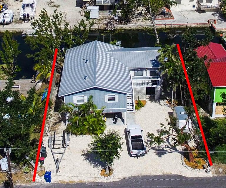 Additional photo for property listing at 29057 Geranium Drive 29057 Geranium Drive Big Pine Key, Florida 33043 États-Unis
