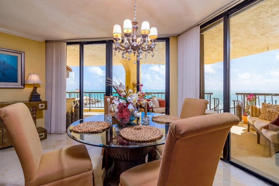 Πολυκατοικία ατομικής ιδιοκτησίας για την Πώληση στο 101 E Ocean Drive 101 E Ocean Drive Key Colony, Φλοριντα 33051 Ηνωμενεσ Πολιτειεσ