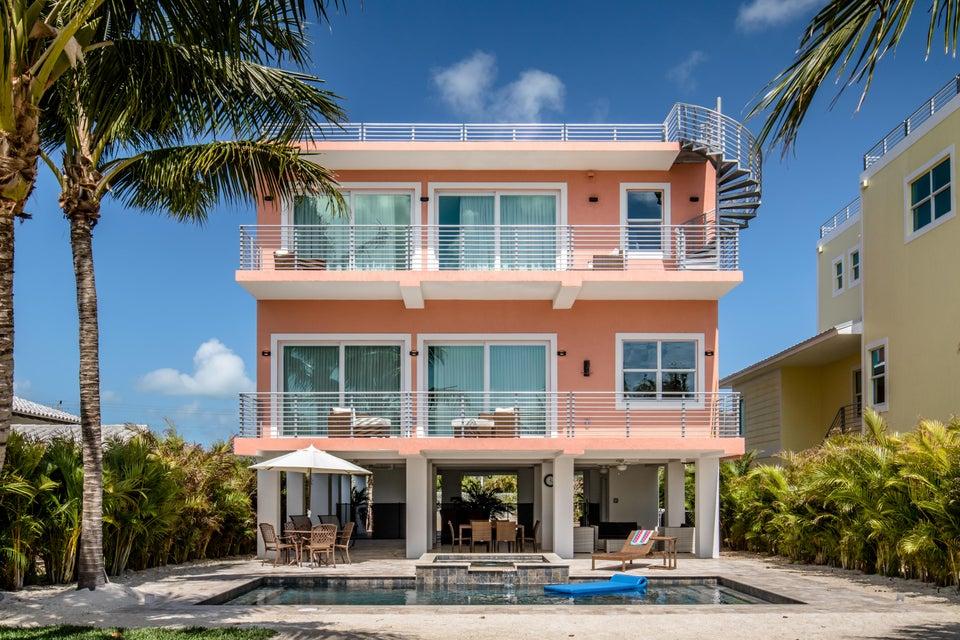 Частный односемейный дом для того Продажа на 2020 Sombrero Beach Road 2020 Sombrero Beach Road Marathon, Флорида 33050 Соединенные Штаты