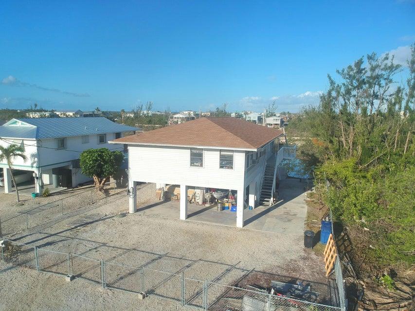 Casa Unifamiliar por un Venta en 174 Newfound Boulevard 174 Newfound Boulevard Big Pine Key, Florida 33043 Estados Unidos